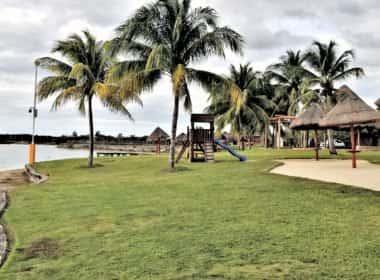 community lake playground